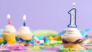 Den ersten Geburtstag eines Babys feiern